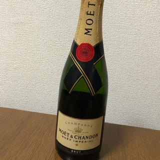 モエエシャンドン(MOËT & CHANDON)のシャンパン  MOET&CHANDON375ml(シャンパン/スパークリングワイン)