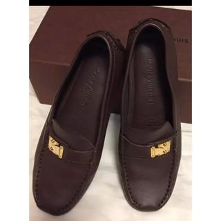 ルイヴィトン(LOUIS VUITTON)のルイヴィトン  ローファー ドライビングシューズ36.5(ローファー/革靴)