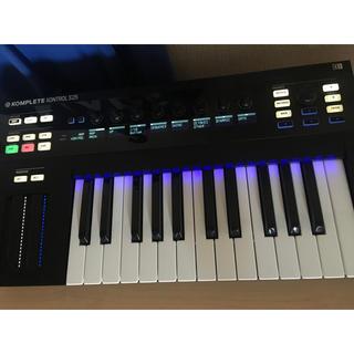 komplete kontrol 25S(MIDIコントローラー)