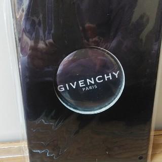 ジバンシィ(GIVENCHY)のジバンシーの缶バッジ(その他)