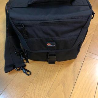 新品☆未使用 【Lowepro】 nova 180AW Black カメラバッグ(ケース/バッグ)