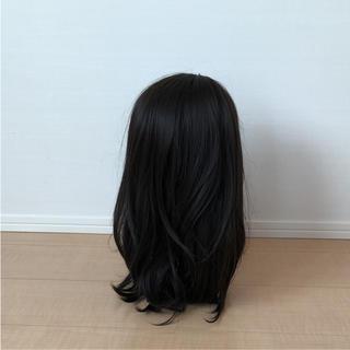 ナバーナウィッグ(NAVANA WIG)の新品 ナバーナウィッグ  セミロング  黒髪 耐熱 自然 イメチェン 医療用にも(ロングカール)