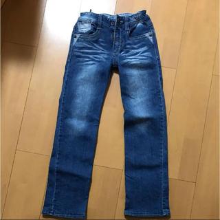 イッカ(ikka)のikkaストレートジーンズ130センチ(パンツ/スパッツ)