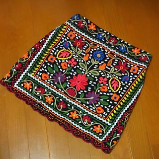 ザラ(ZARA)の【最終価格】ZARA WOMAN 花柄 刺繍 スカート(ミニスカート)