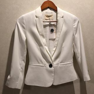 ベルシュカ(Bershka)のベルシュカ ホワイトジャケット(テーラードジャケット)