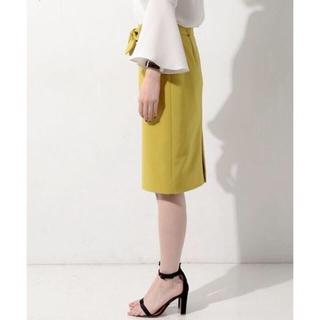 ユナイテッドアローズ(UNITED ARROWS)のユナイテッドアローズ40タイトスカート新品未着用イエロー(ひざ丈スカート)