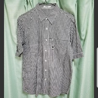 ハレ(HARE)の送料無料!HARE 切り替えチャックシャツ 半袖 L(シャツ)