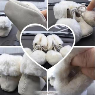 ベビーギャップ(babyGAP)の❤️BabyGap❤️可愛いふんわり柄なベビー靴 冬靴 10cm(その他)