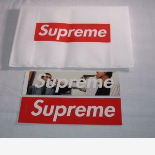 シュプリーム(Supreme)のSupreme The Killer Trust Box ステッカー(その他)