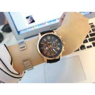 MB005 送料無料♪クロノグラフウォッチ ブラック×ゴールド(腕時計)