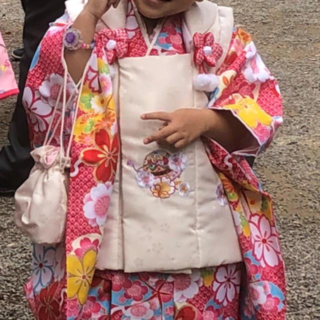 七五三 女の子3歳 被布セット 草履足袋巾着髪飾り付き キッズ/ベビー/マタニティのキッズ服 女の子用(90cm~)(和服/着物)の商品写真