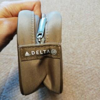 デルタ(DELTA)のデルタ航空 ビジネスクラス アメニティ ポーチ(旅行用品)