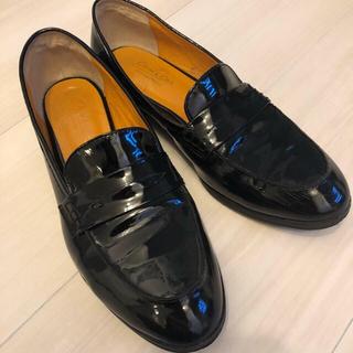 オデットエオディール(Odette e Odile)のオデットエオディール エナメル ローファー 22.5 日本製(ローファー/革靴)