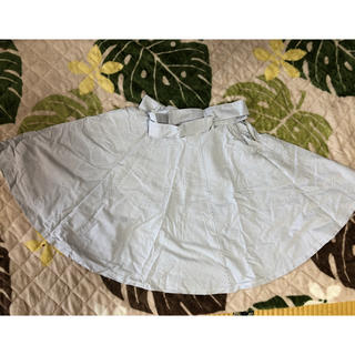 ジエンポリアム(THE EMPORIUM)の薄い水色ストライプスカート(ひざ丈スカート)