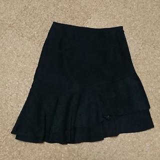 ジャイロホワイト(JAYRO White)のベロア 黒スカート(ひざ丈スカート)