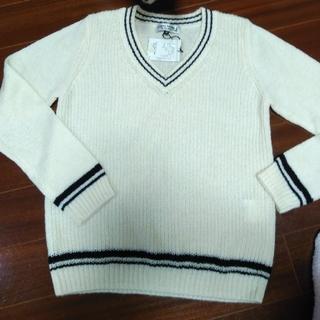 アツロウタヤマ(ATSURO TAYAMA)のVネックセーター!AT(ニット/セーター)