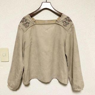 クチュールブローチ(Couture Brooch)のクロスステッチブラウス(シャツ/ブラウス(長袖/七分))