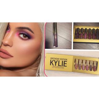 カイリーコスメティックス(Kylie Cosmetics)のbirthday collection マットリップ 6本セット!(口紅)