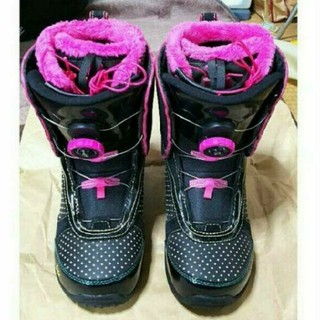 ケーツー(K2)の美品 K2 レディース ブーツ MINK BOA 24センチ (ブーツ)