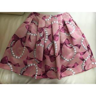 エムズグレイシー(M'S GRACY)のエムズグレイシー パール リボン柄 スカート 38(ひざ丈スカート)