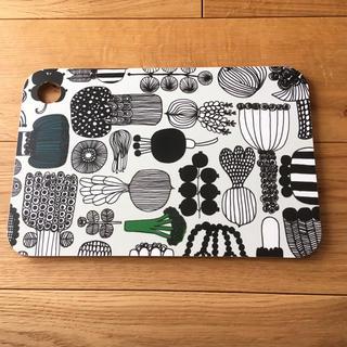 マリメッコ(marimekko)のマリメッコ カッティングボード 未使用(調理道具/製菓道具)