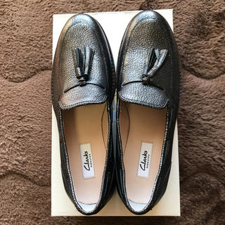 クラークス(Clarks)の【新品】クラークス Clarks /トミナベイ  24.5(ローファー/革靴)