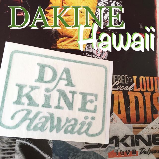 Dakine(ダカイン)のDAKINEダカインhawaii限定型抜きダイカット ステッカー grnグリーン スポーツ/アウトドアのスノーボード(アクセサリー)の商品写真