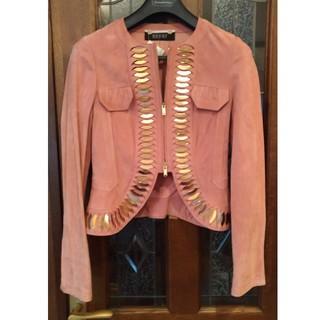 グッチ(Gucci)のグッチGucciスエードレザー革デザインジャケットピンク金属(毛皮/ファーコート)