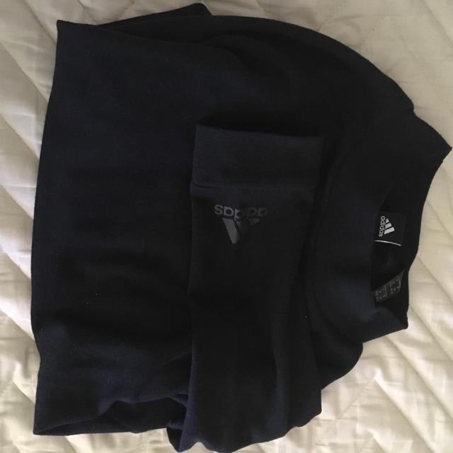 adidas(アディダス)のRTG A クロップド ルーズ ロングスリーブTシャツ レディースのトップス(Tシャツ(長袖/七分))の商品写真