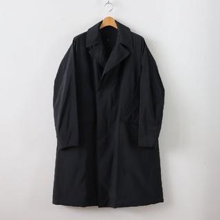コモリ(COMOLI)の18AW 新品 テアトラ デバイスコート DP 黒 サイズ3 48(ステンカラーコート)