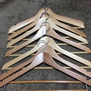 イケア(IKEA)の木製ハンガー20本(押し入れ収納/ハンガー)