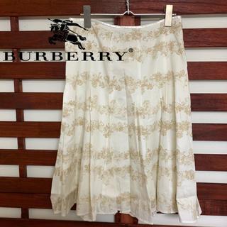 バーバリー(BURBERRY)のBurberry バーバリー 花柄フレアスカート(ひざ丈スカート)