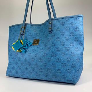 エムシーエム(MCM)の美品 正規品 MCM ブルー PVC トートバッグ ハンドバッグ JR11-27(トートバッグ)
