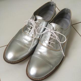 スピックアンドスパン(Spick and Span)のスピックスパン シルバー シューズ(ローファー/革靴)