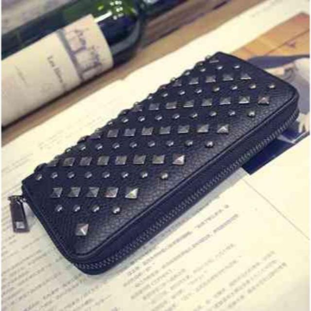 d66eb70bfe65 スタッズつき長財布 メンズ * ブラック PUレザー メンズのファッション小物(マネークリップ)