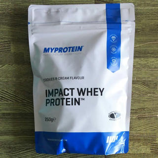 マイプロテインのインパクトホエイプロテインクッキー&クリーム味内容量250g(プロテイン)