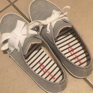 靴 ぺたんこ グレー Sサイズ(ハイヒール/パンプス)