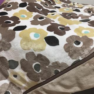 綿入ダブルサイズ毛布(毛布)