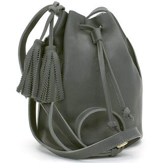 イルビゾンテ(IL BISONTE)のイルビゾンテ 巾着 バッグ(ショルダーバッグ)