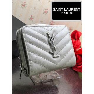 サンローラン(Saint Laurent)のサンローラン カーフ型押し 折財布 人気  【鑑定済み】 シャネル グッチ(財布)