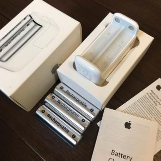 アップル(Apple)のApple battery charger +電池3本(PC周辺機器)