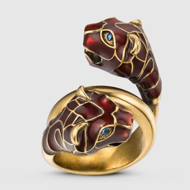 Gucci(グッチ)のYves様専用 GUCCI ブラックエナメル付きタイガーヘッド リング  レッド メンズのアクセサリー(リング(指輪))の商品写真
