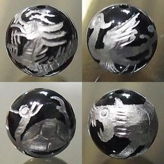 四神10㎜ オニキス 手彫り 銀色 1セット4粒(青龍、玄武、朱雀、白虎)天然石(各種パーツ)