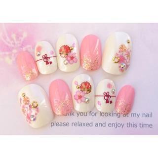 両面テープ付♡振袖に♡ピンクと赤のお花と帯締め模様の和柄のネイルチップ♡191