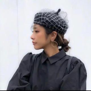 ザラ(ZARA)のチェック柄チュールベレー帽未使用新品(ハンチング/ベレー帽)