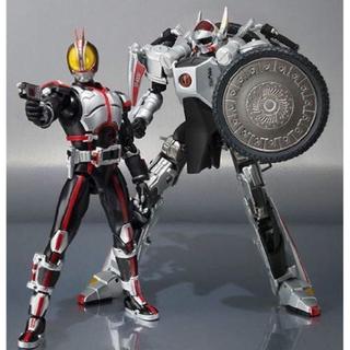BANDAI - S.H.フィギュアーツ 仮面ライダー555 オートバジン&仮面ライダーファイズ