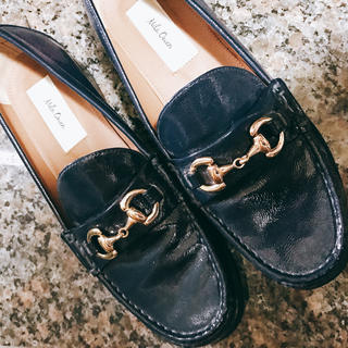 ミラオーウェン(Mila Owen)の紺ローファー(ローファー/革靴)