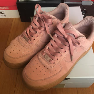 NIKE - NIKE AIR FORCE 1 ピンク スウェード