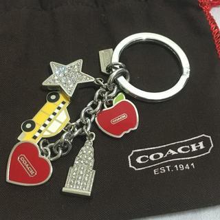 4c077b9af668 コーチ(COACH)の【COACH コーチ】キーホルダー バッグチャーム ハート キラキラ♪ (
