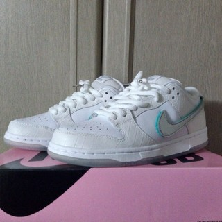 NIKE - NIKE SB DUNK LOW OG DIAMOND SUPPLY 26